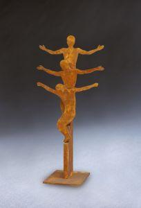 Auferstehungs-Skulptur aus rostendem Stahl